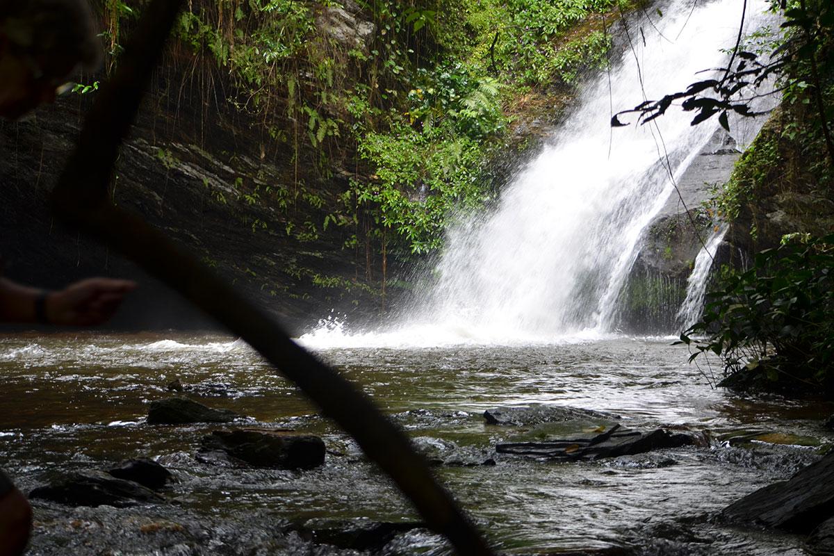 Wanderung zu romantischen Wasserfällen