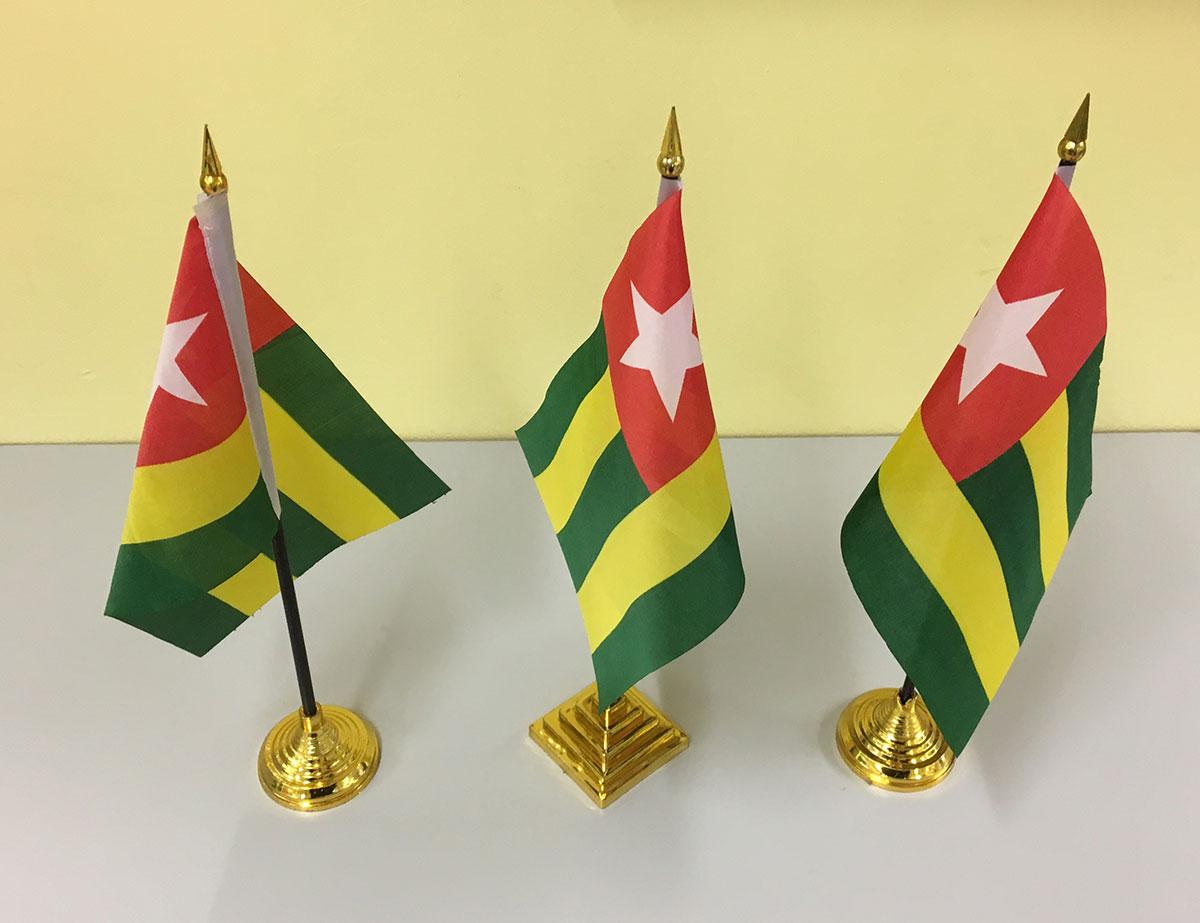 Togo-Fähnchen aus Stoff